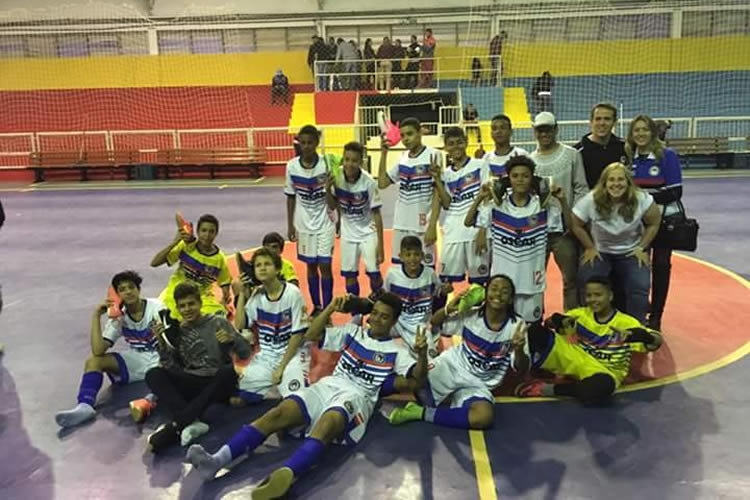 Mogi EC classifica equipe Sub 14 para a final do Metropolitano de Futsal